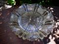 明治プレスガラス 八割文深皿 口縁フリル g-128