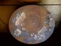 古い円形丸板 泥絵具金彩菊絵 厚2cm径32cm  k-123