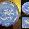 印判手いげ皿 一尺皿 跳ねる兎と青海波・紅葉の図 t-949