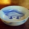 伊万里白抜き富士図中鉢 盛り鉢 菓子鉢 t-992