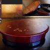 輪島塗 天然木 本漆仕上 弁当箱 梅文散し 大ぶり楕円 中仕切り k-151