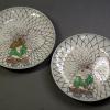 古伊万里色絵六寸皿2客 網手漁師文 面白い意匠 t-1244