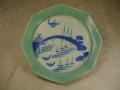 伊万里 染付 青磁 八角七寸皿 太鼓橋に帆掛け船の図 t-1497