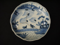 古伊万里染付膾皿 水辺で遊ぶ牛の長閑な風景 アマテ補修有り t-1828
