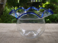 古い金魚鉢  昭和レトロ 高さ15cm  縁の径20cm  胴径15cm ゆらゆら 気泡 吹きガラス ポンテ跡 g-171
